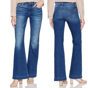 • 7 For All Mankind • Dojo Flare Leg Jeans Bella